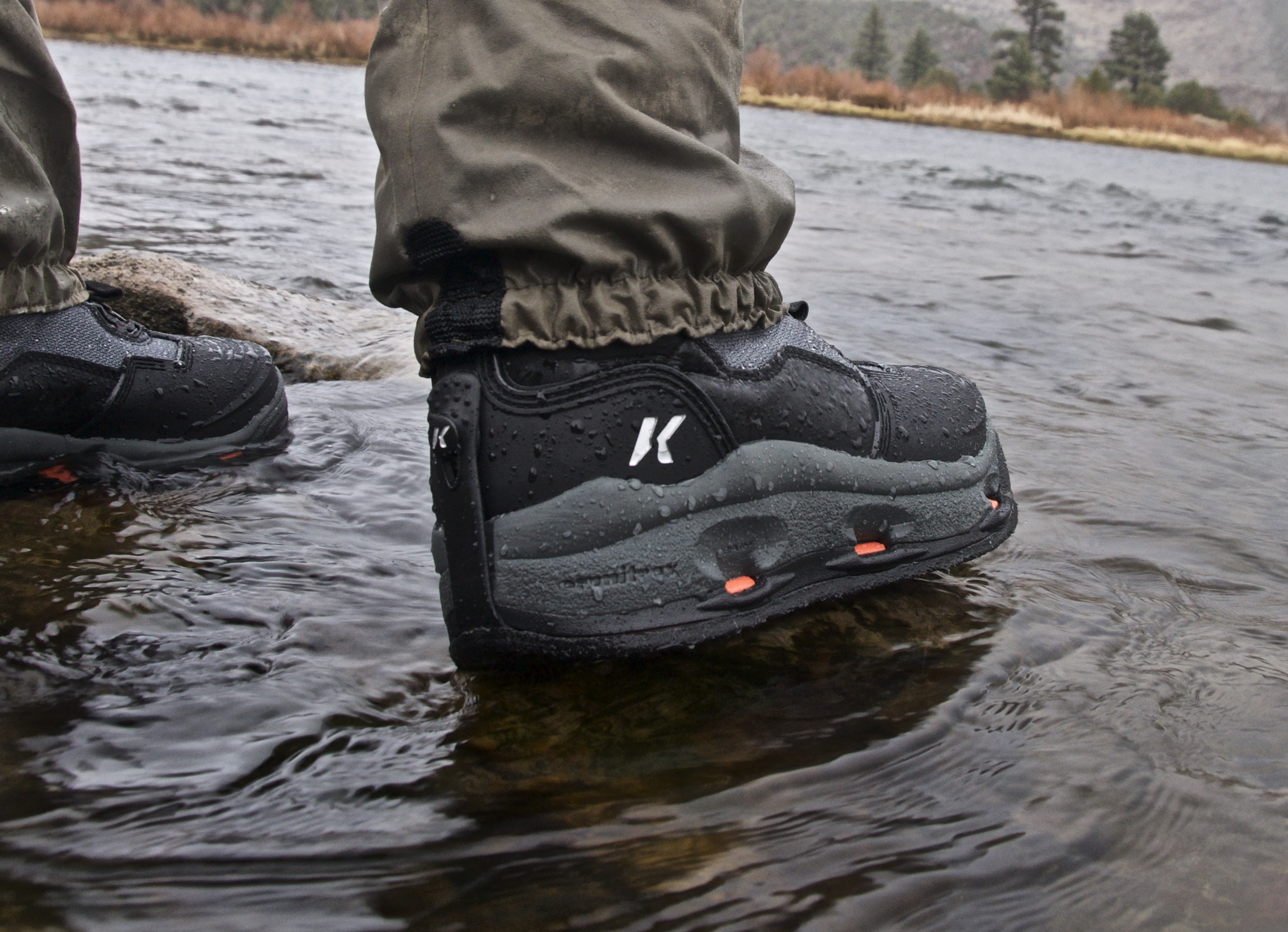 Review korkers darkhorse wading boots hatch magazine for Wading shoes for fishing