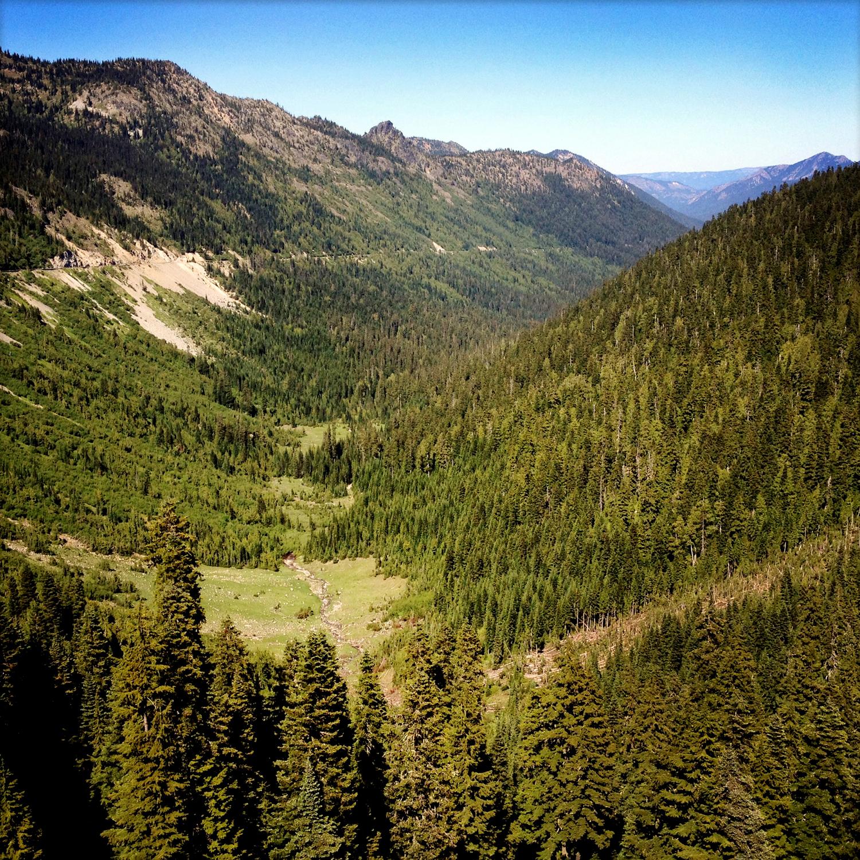 Cascades Valley