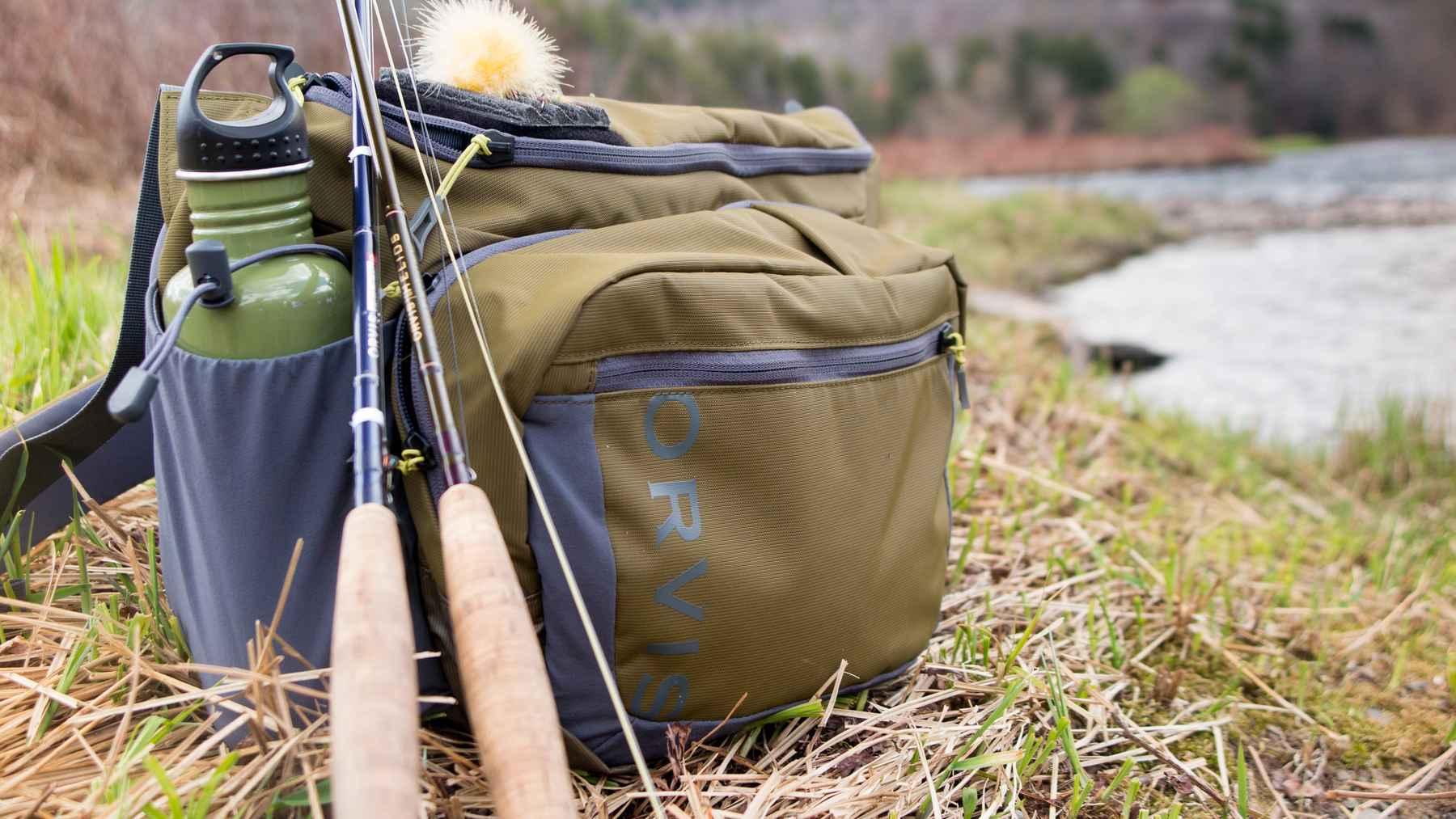 Review orvis safe passage guide sling pack hatch for Fly fishing sling pack