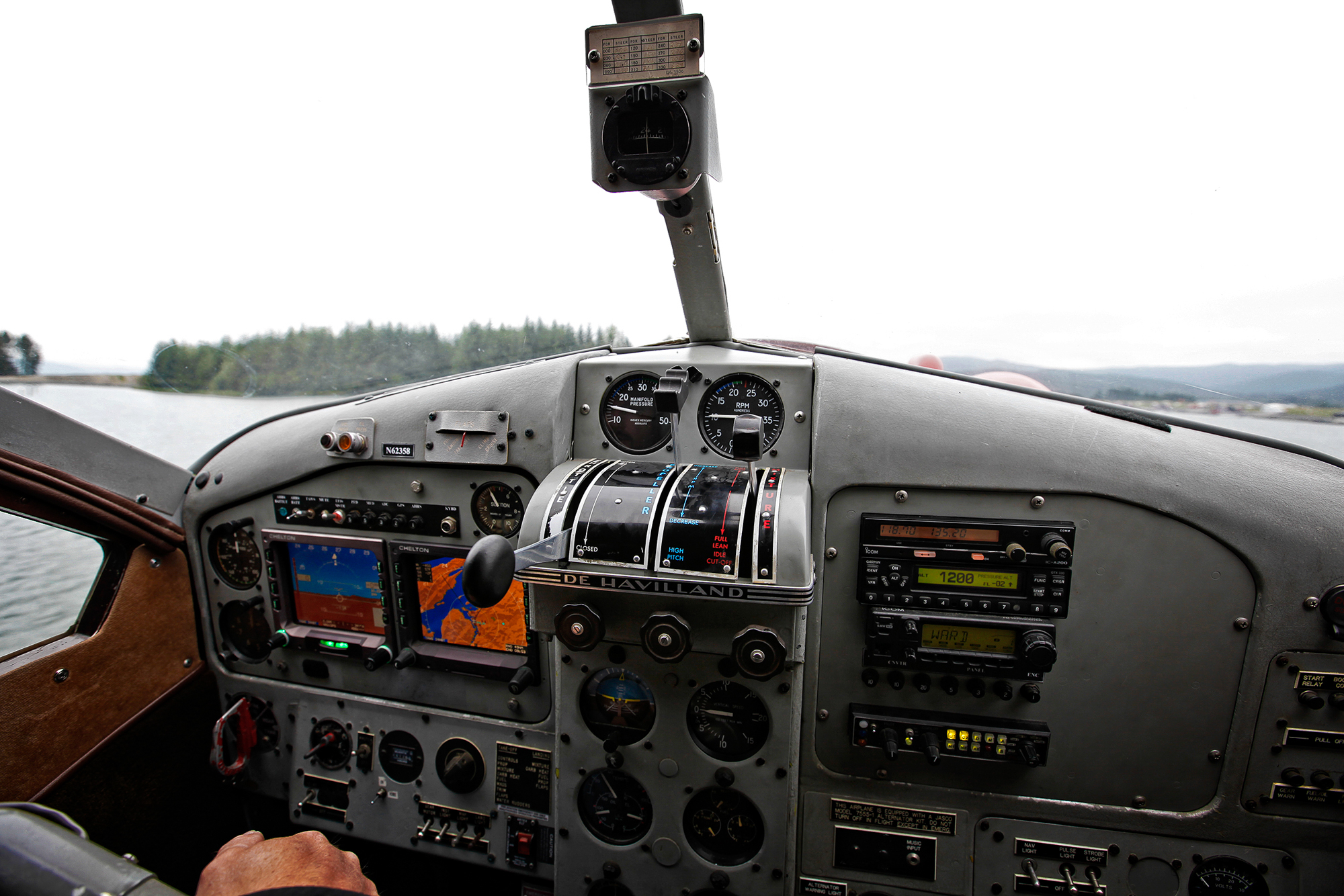 (2/3) Reaching an unnamed tidal creek less than 20 miles from downtown Juneau is accomplish via a Ward Air DeHavilland Beaver float plane. These more than half-century old aircraft are the most heralded bush planes in Alaska and beyond (photo: Earl Harper).