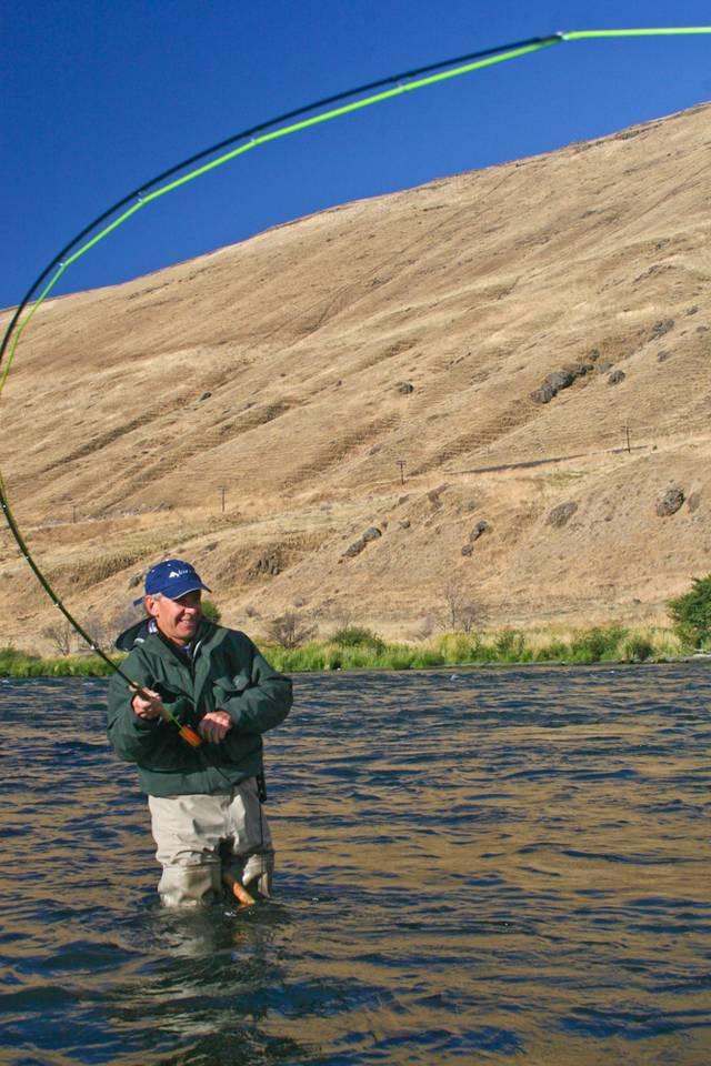 Photography oregon steelhead season heating up hatch for Oregon fishing season