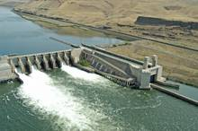 Lower Monumental Dam on the snake river