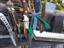 pocket knive, multi tool, fixed blade, axe, hatchet, machete