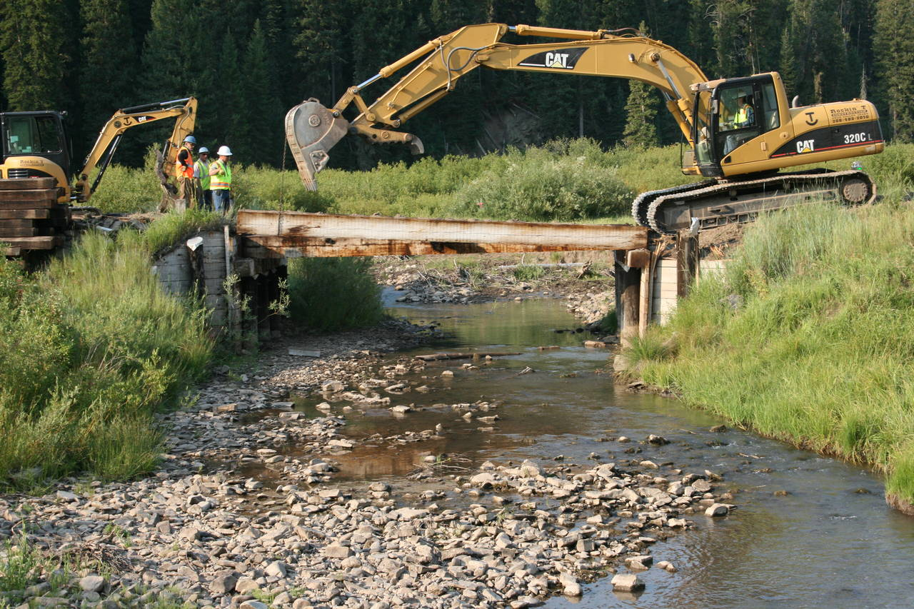 bridge construction jackknife creek idaho