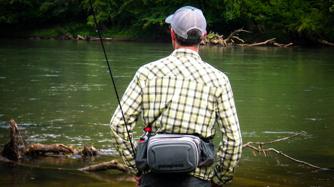 Review patagonia stealth hip pack hatch magazine fly for Fly fishing packs
